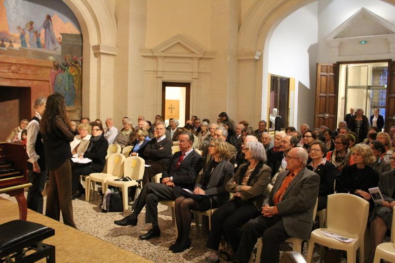 Près de 100 personnes sont venues écouter le concert © R. Plaa