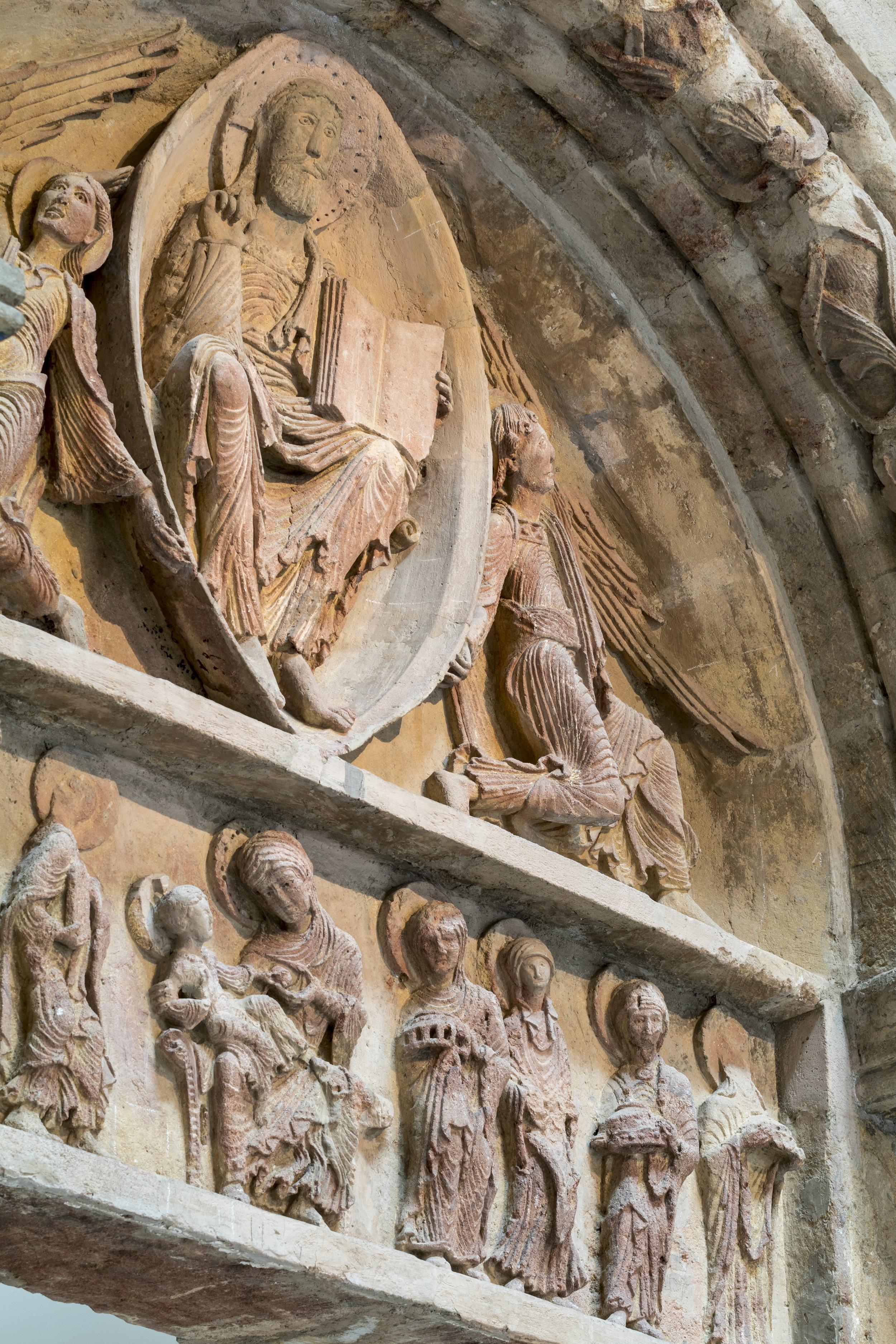 Tympan d'Anzy-le-Duc (12e s.)