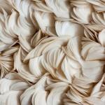 Amarante, noces de papier, 2009, pétales de papier de soie