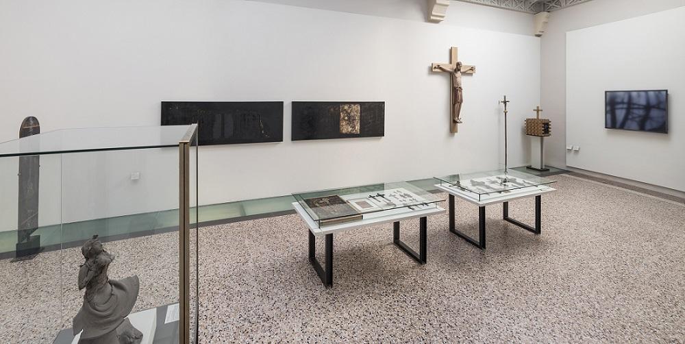 """Le musée aujourd'hui, galerie """"Sous le Signe de la Croix"""""""